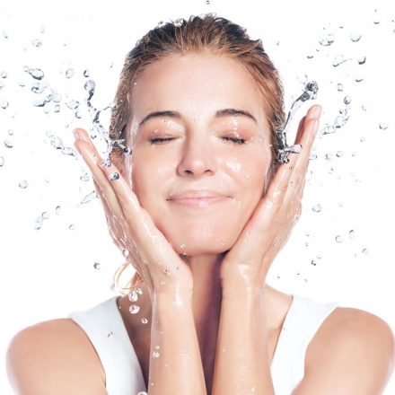 Skincare Information: Simple Ways Both Women And Men Can Also Enjoy Glowing Skin